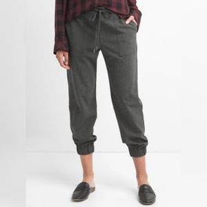 Gap utility jogger warm handed,  charcoal